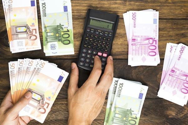 Lainojen yhdistäminen säästää rahaa